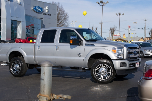 2016 Ford F-350 Platinum 6.7L Power Stroke leaving dealer