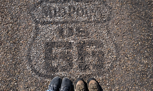 Route 66 midpoint foot shot