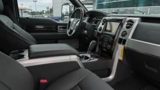 2013 Ford F-150 Platinum EcoBoost interior
