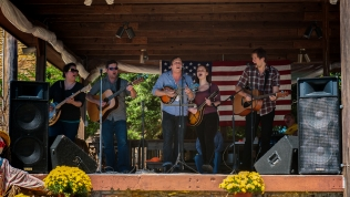 Cumberland Playhouse Players performing at the Apple Festival